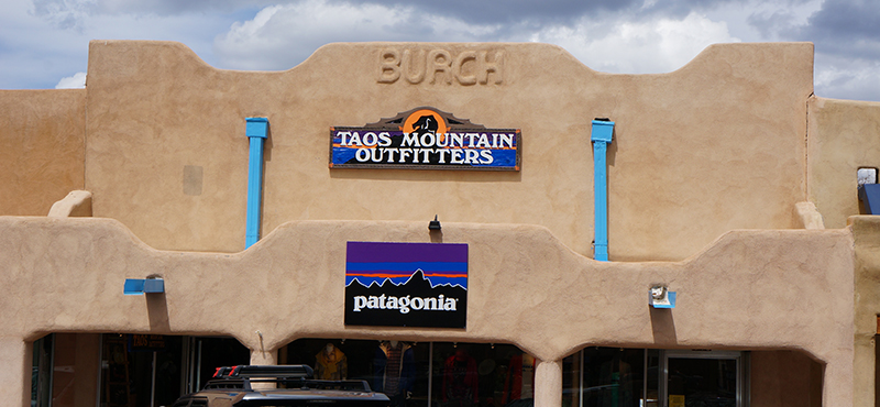 contact-us-Taos-Mountain-Outfitters